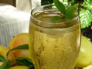 Apfelschorle es una bebida común en Alemania.