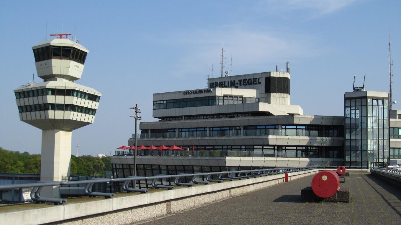 Aeropuerto de berl n tegel txl guia de alemania for Flughafen tegel