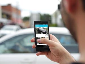 Alquiler de coches a través del celular en Colonia.