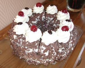 El pastel de selva negra es tradicional de la gastronomía alemana.