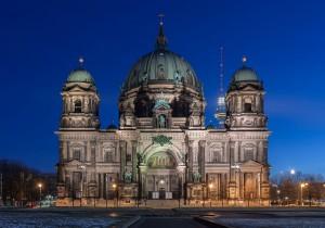 Catedral de Berlín de noche