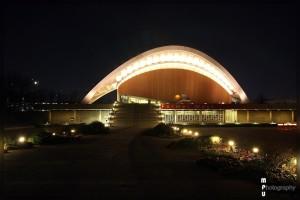 Berlin - nächtliches Haus der Kulturen der Welt