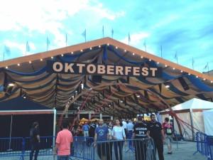 Entrada al festival de cerveza Oktoberfest.