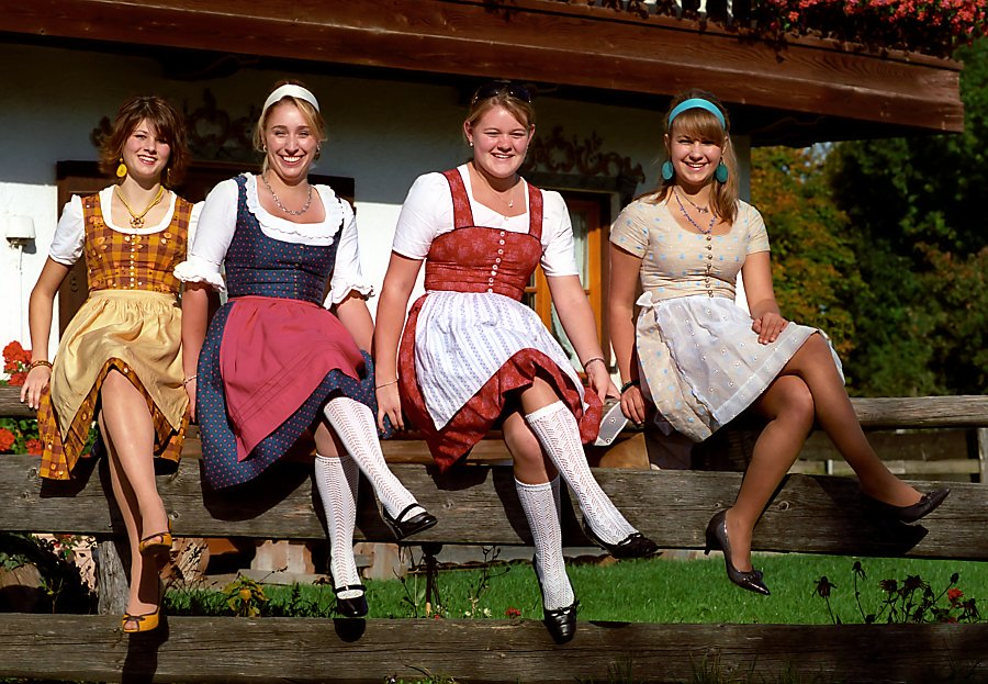1ebb78dea Ropa tradicional alemana (traje típico) - Guia de Alemania