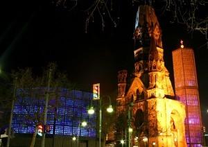 Es la iglesia protestante memorial de Berlín.
