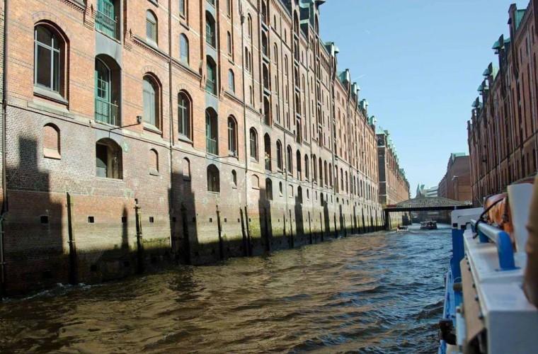 Canales de Speicherstadtu en Hamburgo