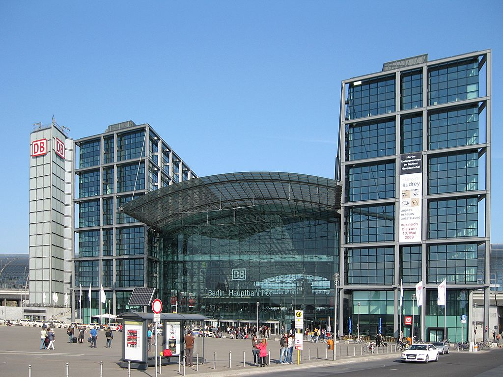 estaci n central de berl n berlin hauptbahnhof guia de alemania. Black Bedroom Furniture Sets. Home Design Ideas
