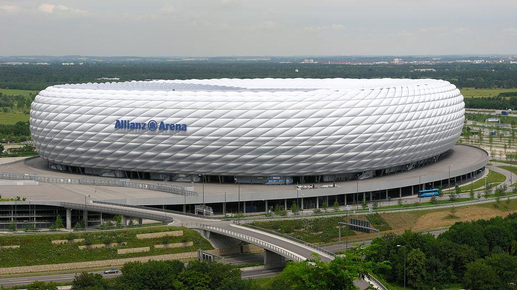 Allianz arena m nich guia de alemania for Estadio arena