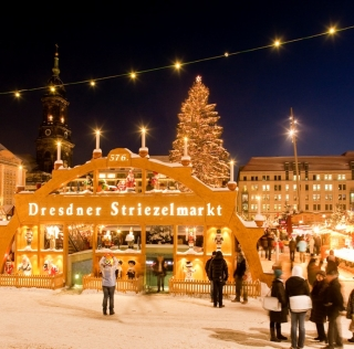 Mercado de Navidad en StriezelMarkt, Dresde