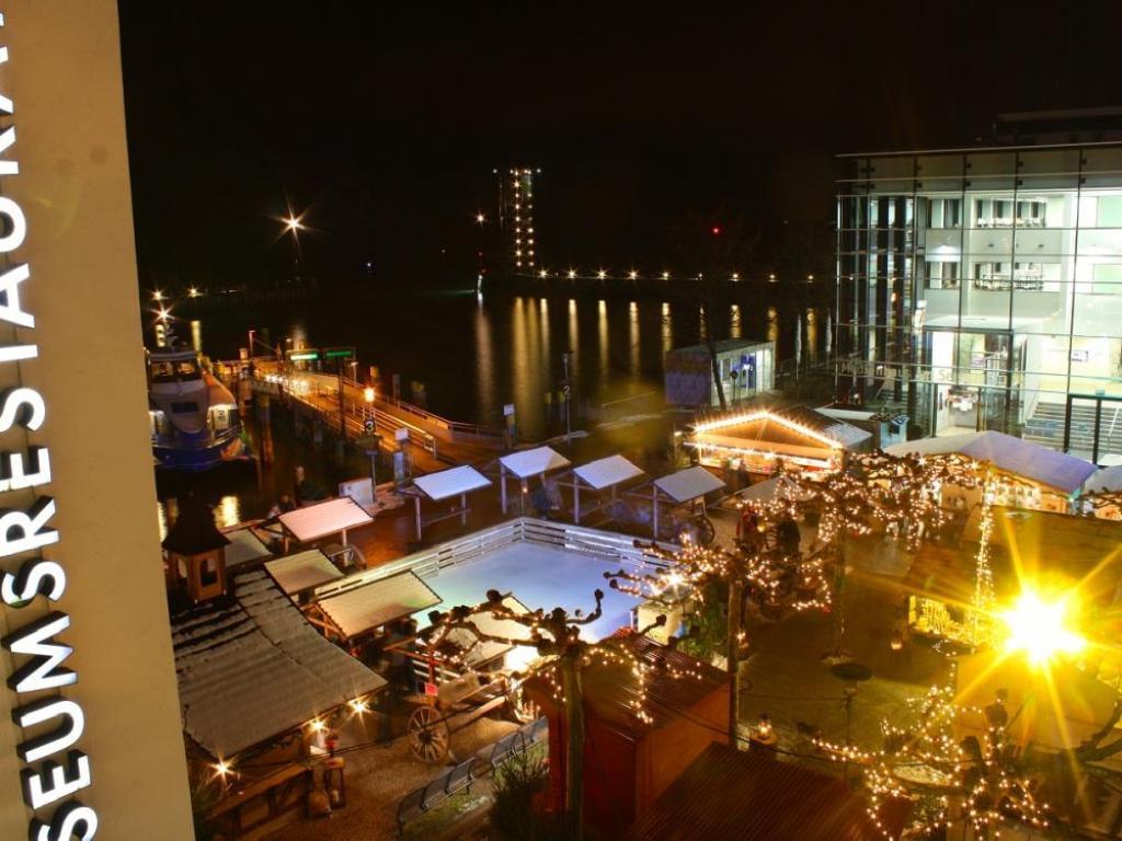 Mercado de Navidad en Buchhornplatz, Friedrichshafen