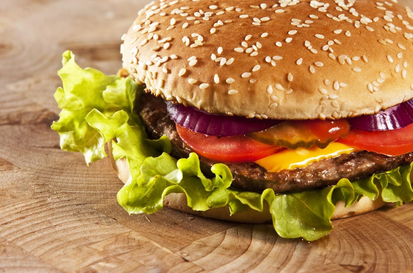 Una hamburguesa en hamburgo guia de alemania for Una comida rapida