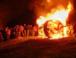 Ruedas de madera en llamas, Osterraeder